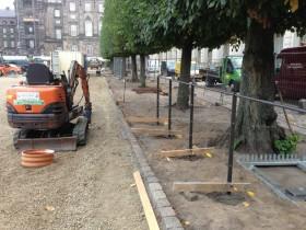 nyt hegn til ridebanen på Christiansborg